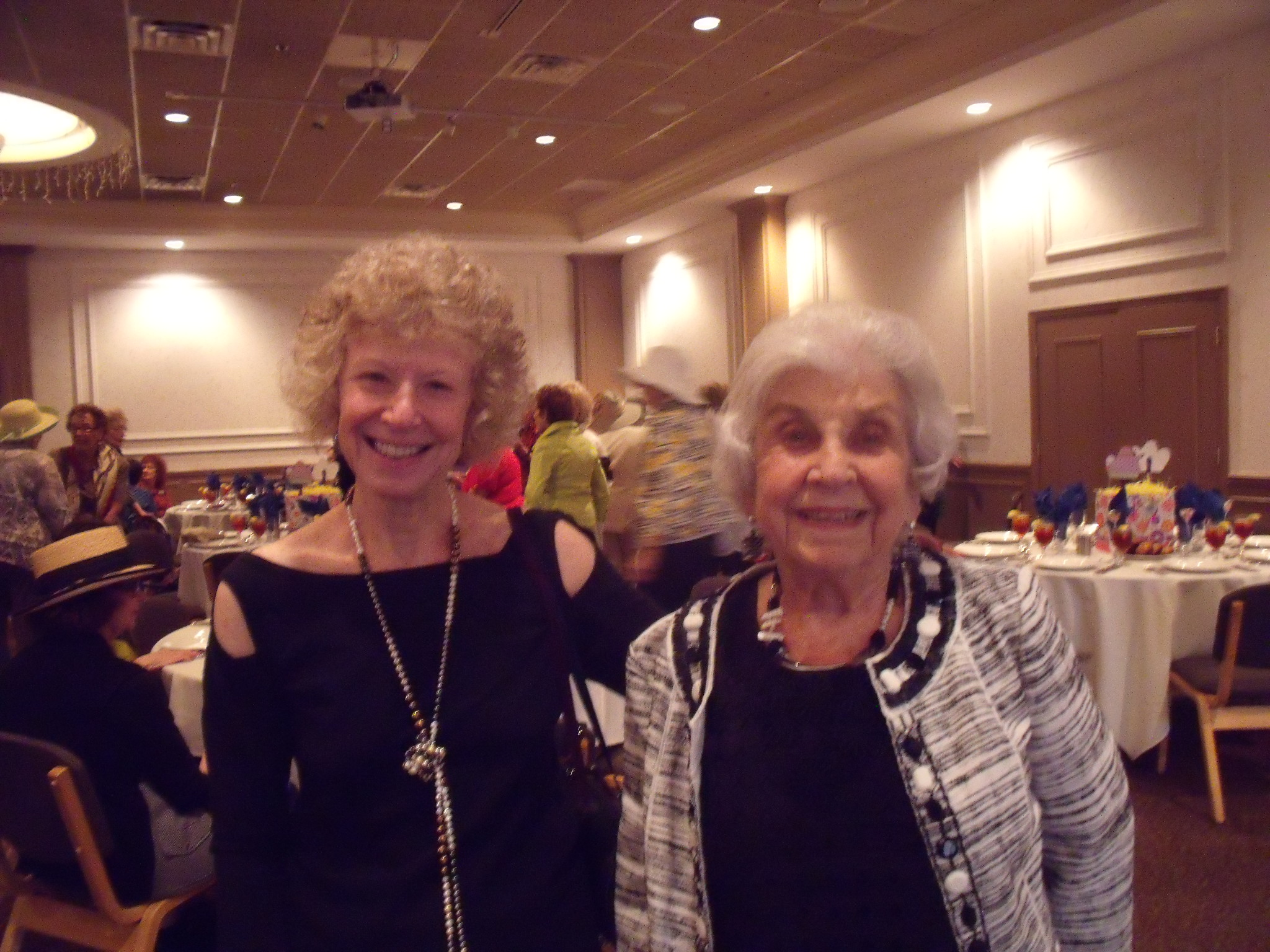 Barb Sander and Mother, Vivian Zwick