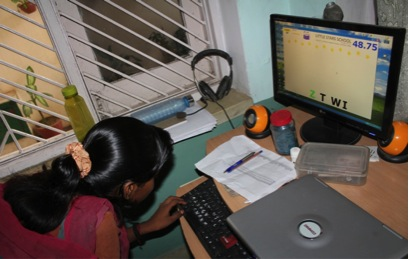 A girl from Little Stars playing ABC Race