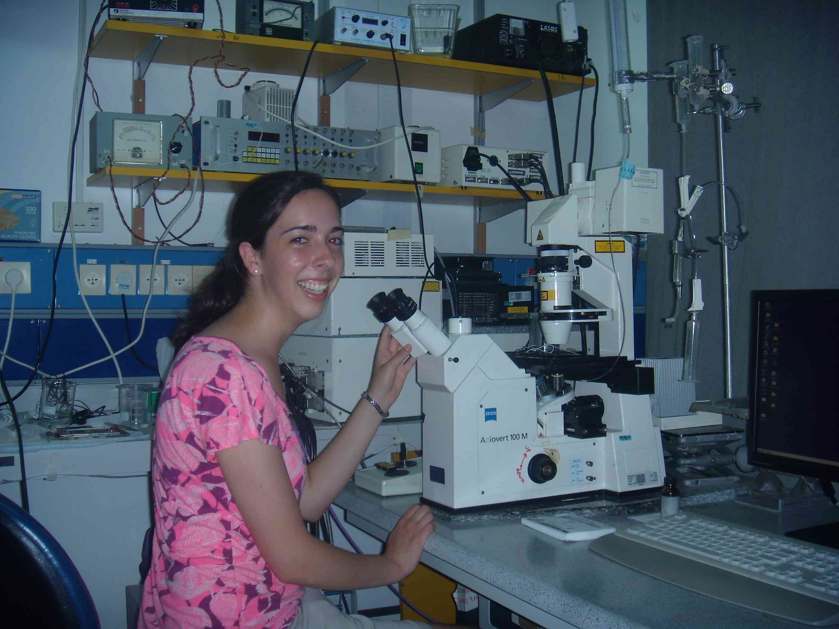Working on the Confocal Microscope in the Segal Laboratory