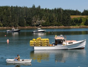 1Lobster-boat-with-traps