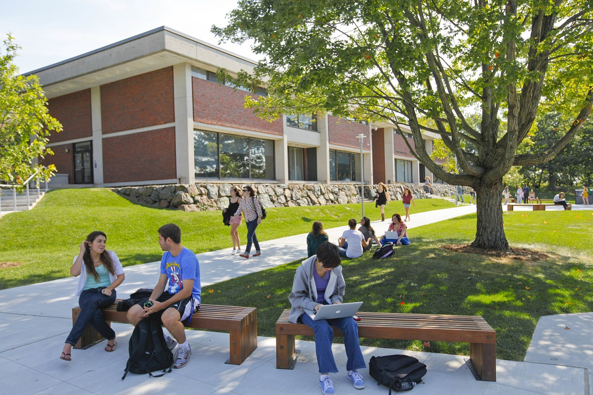 Photo of Brandeis students enjoying the nice weather on campus